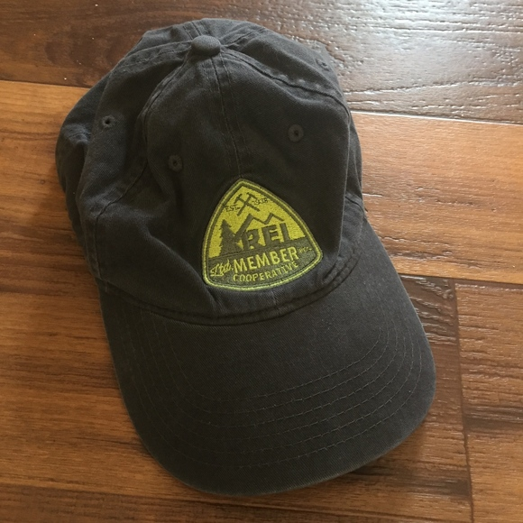ca3bfb4b933 REI Co-op Member Baseball Dad Hat. M 5c26cd00035cf1f9e5ff3c4b